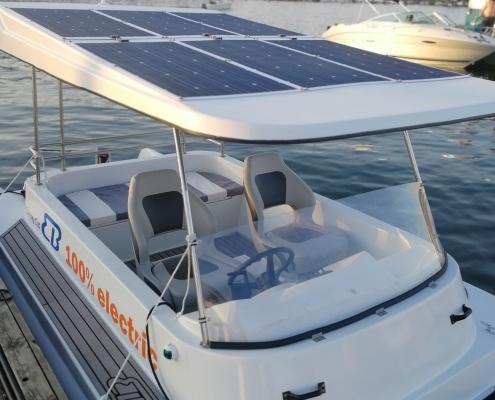 Sähkövene aurinkopaneeli